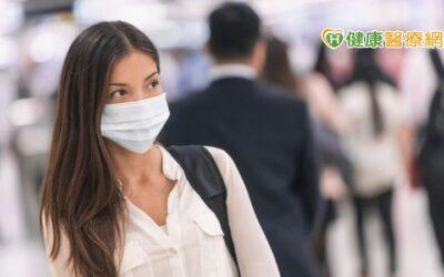 疫期每天戴口罩狂冒痘? 皮膚科醫師這樣建議